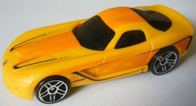 File:06 Viper - Colorshifters Yellow.JPG