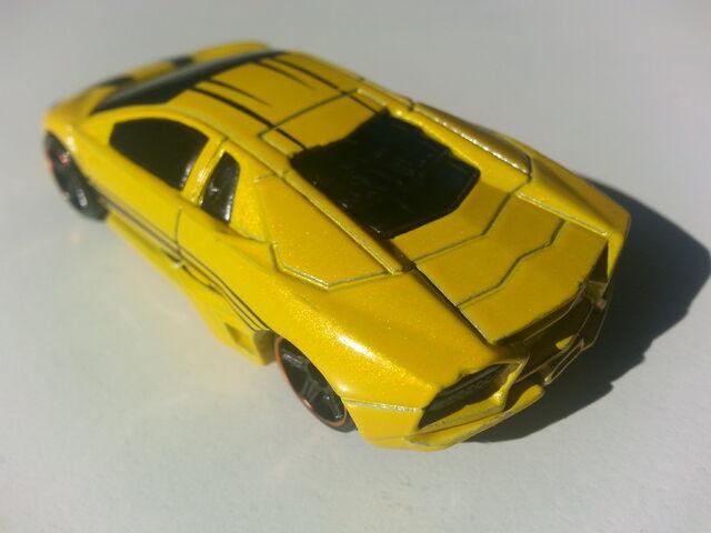 File:Lamborghini Reventón rear.jpg