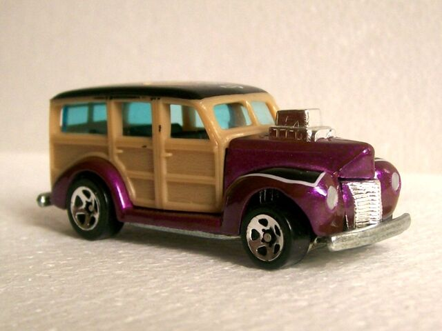 File:'40 Ford Woodie.jpg