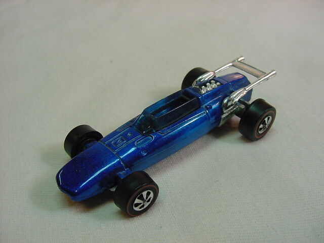 File:1969 Indy Eagle Blue Black Painted Base Flyin Colors.jpg