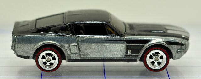 File:67-ford-shelby-gt500-silver & black-hw (2).jpg