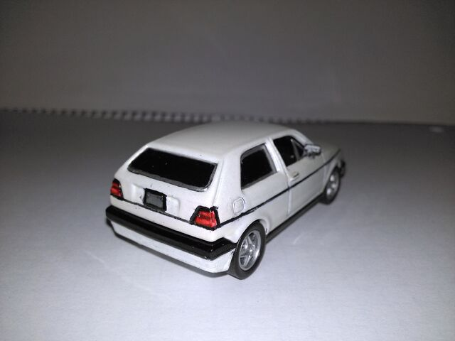 File:Hot wheels VW golf custom3.jpg