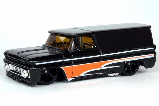 File:1962 Chevrolet Panel Truck Custom - 5584if.jpg