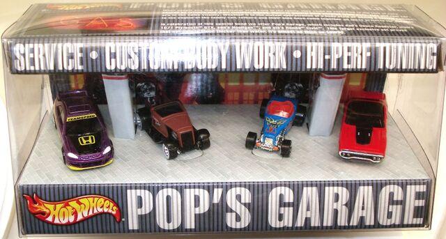 File:2002 PopsGarage.JPG