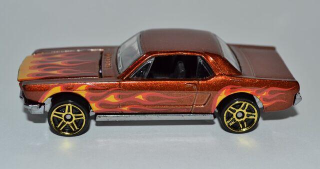 File:2011 '65 Mustang Hardtop 002 50.jpg