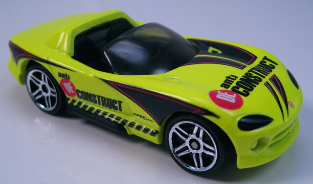 File:Dodge Viper RT10 neon yellow black int tinted glass black China base 2001.JPG