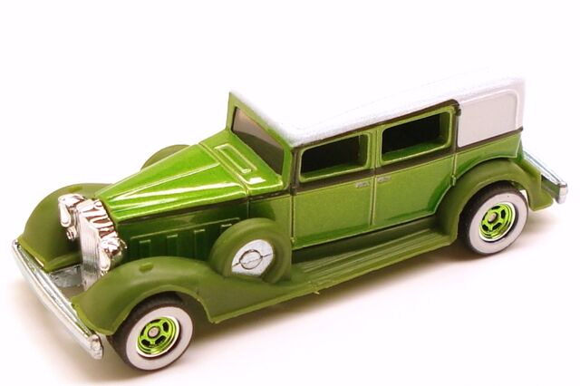 File:Packard larrys green.JPG