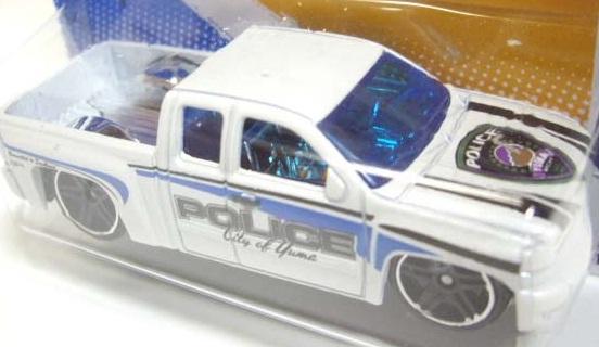 File:2012 Chevy Silverado.jpg