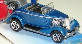 33 Ford Conv BluR