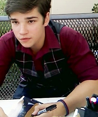 File:Nathan Kress 05.jpg