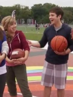 File:Jathanwwdop2011laugh2.jpg