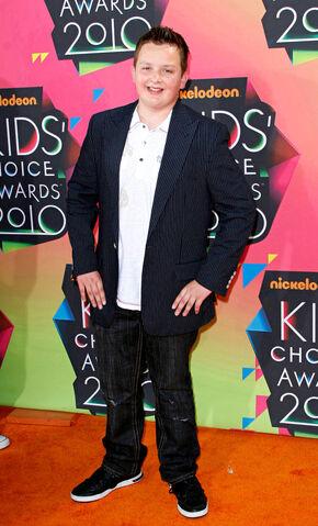 File:Kids choice awards 53 wenn2790247.jpg