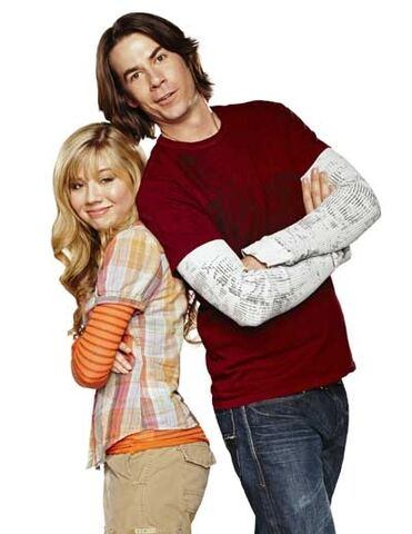 File:Sam Puckett and Spencer Shay.jpg