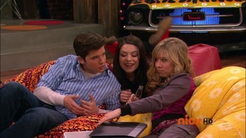 ifind lewberts lost love megavideo Icarly is a nickelodeon show aboutcarly shay, a girl who sets up her own webshoe called icarly with the help of her friends sam & freddie icarly becomes.