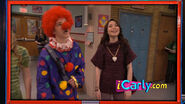 Icarly-itwins-freddie-the-gullible-clown