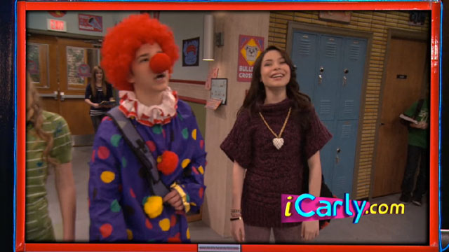 File:Icarly-itwins-freddie-the-gullible-clown.jpg