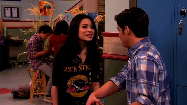 File:ICarly.S04E10.iOMG-HD.480p.Web-DL.x264-mSD.mkv 000987391.jpg