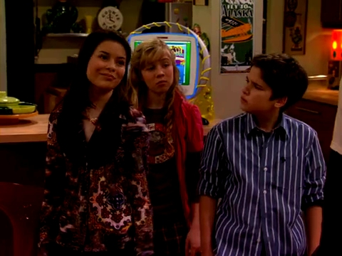 File:ICarly.S01E01.iPilot.HR.DVDRiP.XviD-LaR.avi 001514625.jpg