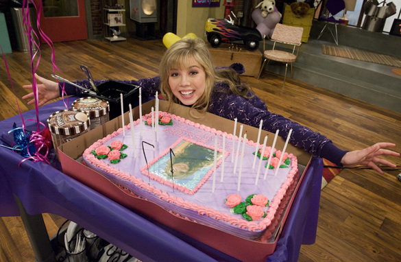 File:Icarly bday.jpg