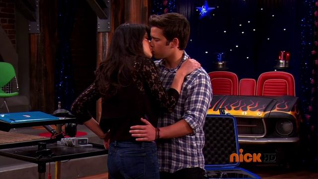 File:CreddieiGoodbyeKiss.png