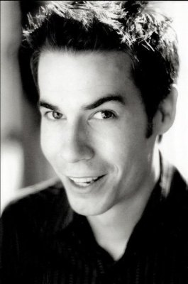 File:Jerry Trainor3.jpg