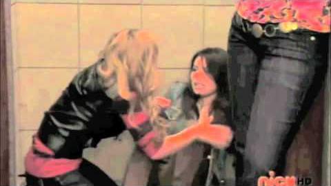 *iCarly* Sam & Carly Freak The Freak Out!