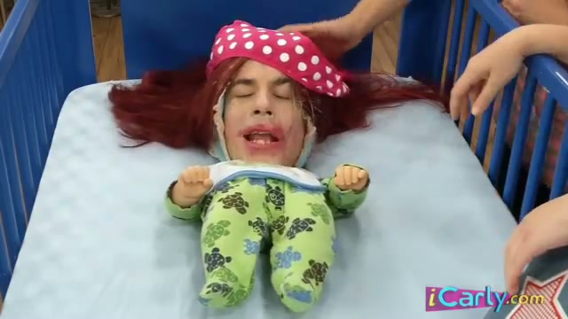 File:ICarly Baby Spencer Makeover s - YouTube 134.jpg
