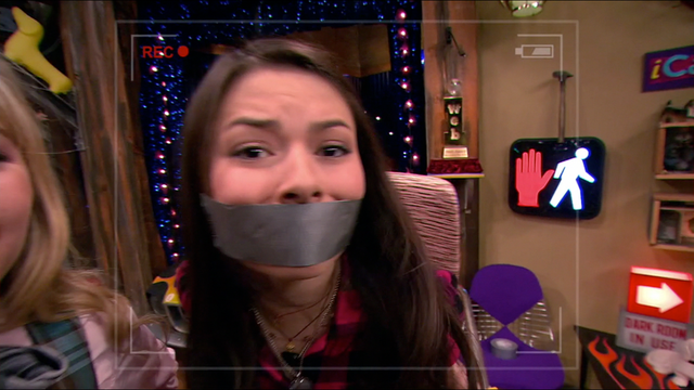 File:Icarly16.png