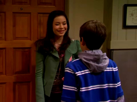 File:ICarly.S01E01.iPilot.HR.DVDRiP.XviD-LaR.avi 000299458.jpg