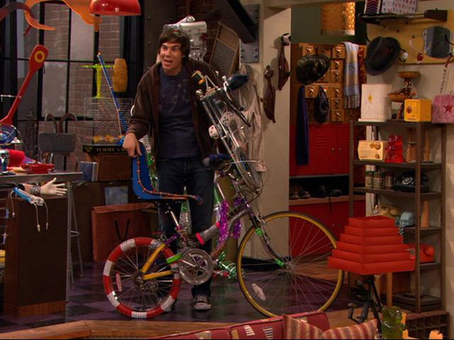 File:Spencer's Homemade Bicycle.JPG