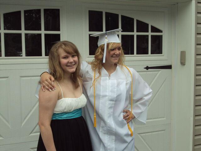 File:Macaira's Graduation 030.jpg