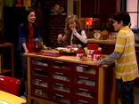ICarly.S01E01.iPilot.HR.DVDRiP.XviD-LaR.avi 001058666