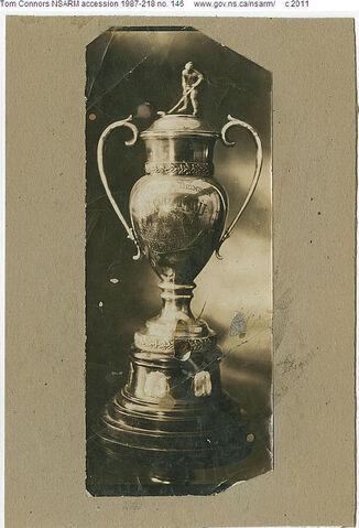 File:Horton-Thomson Cup.jpg