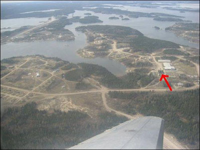 File:Gods Lake Narrows, Manitoba.jpg