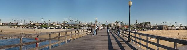 File:Seal Beach, California.jpg