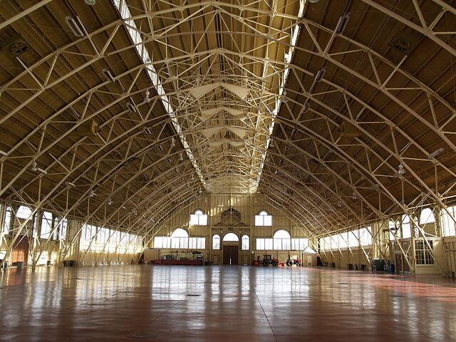 File:Aberdeen Pavilion - Inside - Winter.jpg