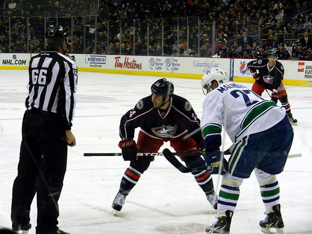 File:Jackets-Canucks Face-off.JPG