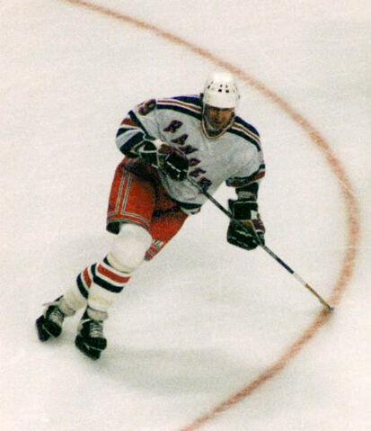 File:Gretzky 1997 Corrected.jpg