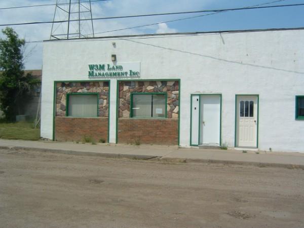 File:Dinsmore, Saskatchewan.jpg