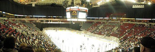 File:Keyarena-hockey.jpg