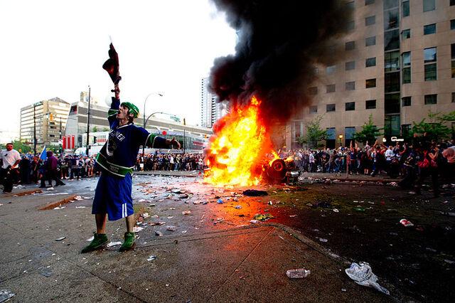 File:Riot in Vancouver.jpg