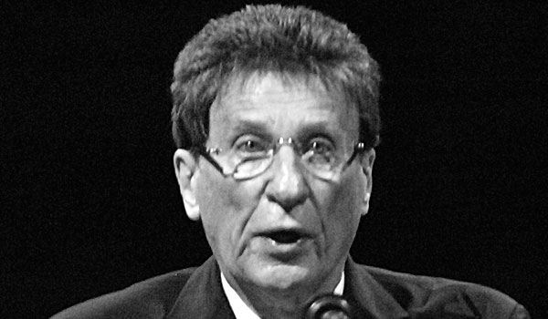 File:Mike Ilitch.jpg