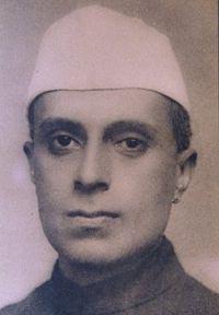 File:Nehru1920.jpg