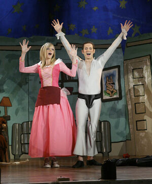 Sweet Dee Hookup A Retarded Person Dayman