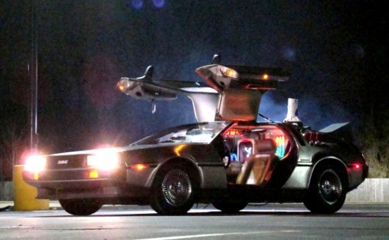http://vignette4.wikia.nocookie.net/jadensadventures/images/b/b7/Delorean-Time-Machine-550x340.jpg/revision/latest?cb=20131012020843