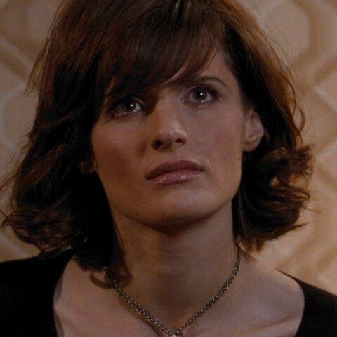 File:Corinne Veneau (Stana Katic) - Profile.jpg