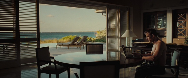File:Casino Royale (56).png