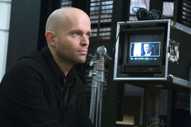 File:Quantum of Solace - Marc Forster on set 4.jpg