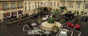 CR - Bond arrives at the Hotel Splendide