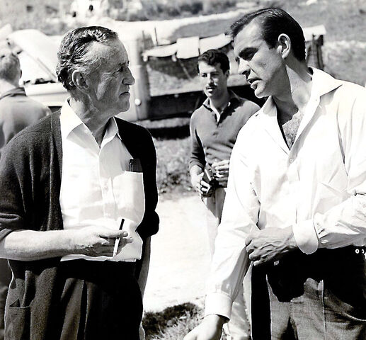 File:Ian-Flemming-and-Sean-Connery-on-the-set-of-From-Russia-with-Love.jpg